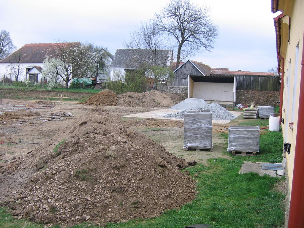 Zemní práce - výkopy pro podkladní vrstvy